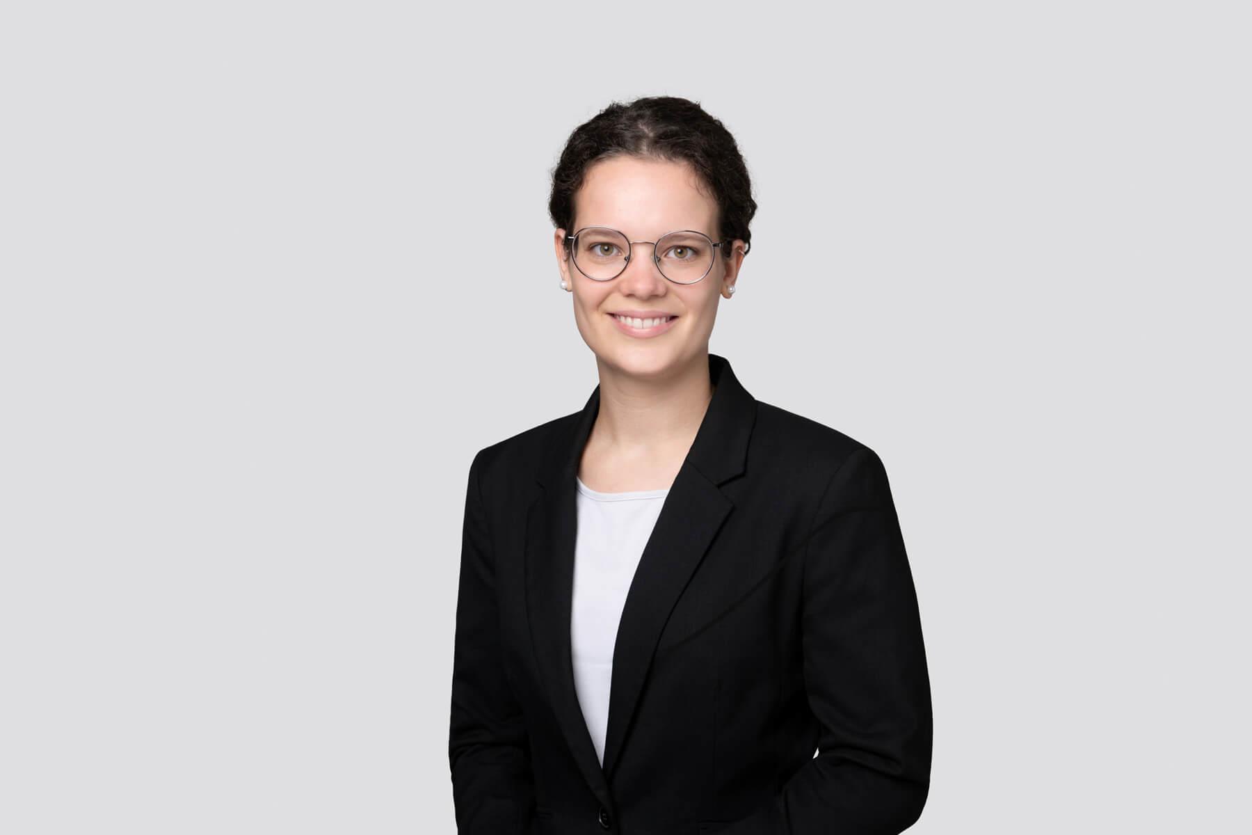Nhejla Kobelt - Analyst